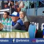 Laga Berlangsung, Bupati Sumenep dan Nurfitriana Saksikan Laga Perssu VS Blitar United, Skor Sementara 0-2
