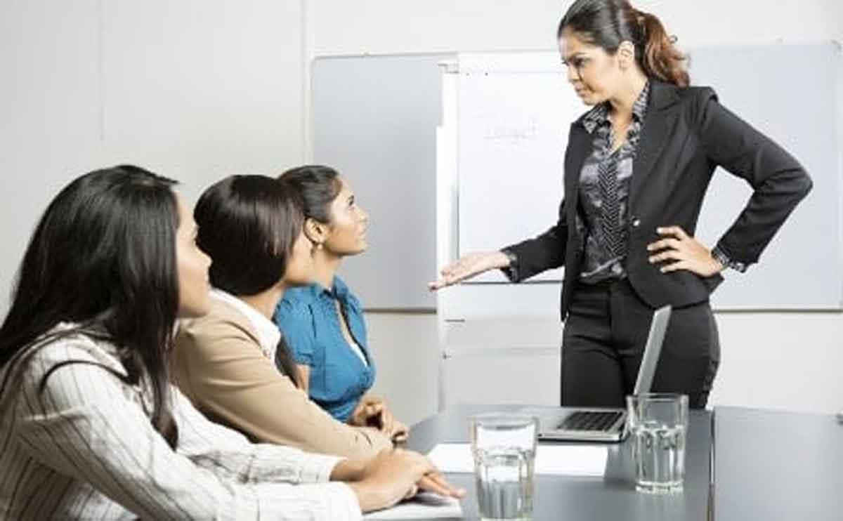 Kenali 5 Ciri Pekerjaan Anda Terancam