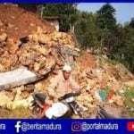 Tebing 4 Meter Longsor Tutup Akses Jalan Desa di Sampang