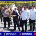 Kapolda Jatim Tiba di Lokasi Massa Bakar Polsek Tambelangan