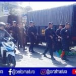 Polda Jatim Terjunkan Brimob Pasca Massa Bakar Polsek Tambelangan Sampang