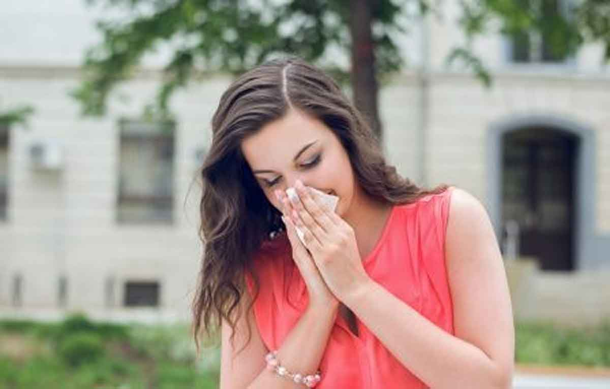 Cara Atasi Alergi Debu di Musim Kemarau