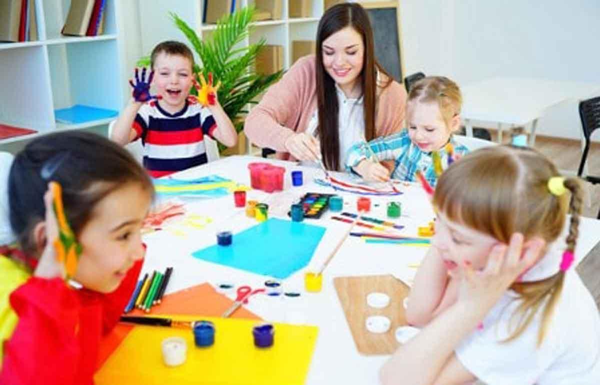Cara Pilih Daycare yang Tepat untuk Anak, Catat!