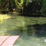 Sumber air milik TNI AL yang dikelola Lanal Batuporon, Kamal, Bangkalan, terlihat bersih dan jernih. (Foto: Agus Hidayat)