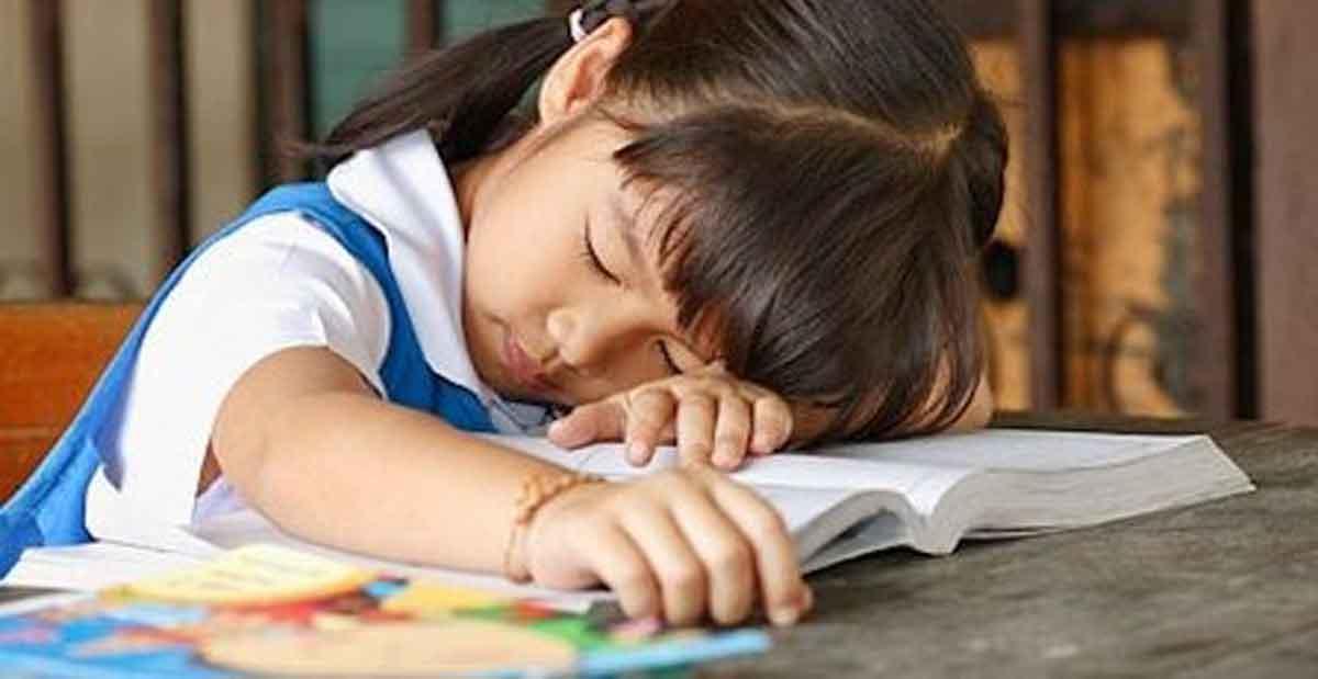 Anak Sekolah di Usia Terlalu Dini, Ini 3 Dampak Negatifnya