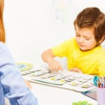 Ini Alasan Pentingnya Terapi Seni Bagi Perkembangan Anak Autis