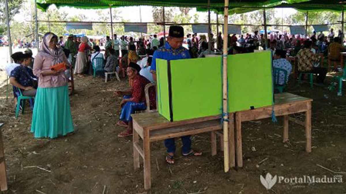 Panitia Pilkades Juruan Laok Sediakan 15 Armada Angkut Pemilih