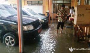 Kantor KPU Pamekasan Banjir, Dokumen Pemilu Terendam