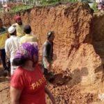 Pengrajin Genting Asal Karang Penang Sampang Tertimpa Tanah Longsor