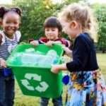 4 Cara Ajarkan Anak Cinta Lingkungan Sejak Dini