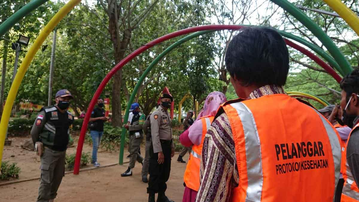 dok. Penegakan protokol kesehatan (prokes) (M Saed @portalmadura.com)