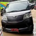 Sopir Mobil Plat Merah asal Sumenep Pingsan Terjebak Banjir Blega Bangkalan