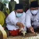 Wasiat Almarhum Suami Pemicu Air Mata Wakil Bupati Sumenep Terpilih Tumpah di Pemakaman Keluarga 2