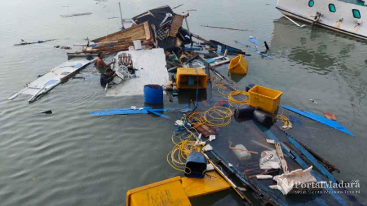 Meledak Perahu Motor Nelayan Raas Hancur Berkeping keping