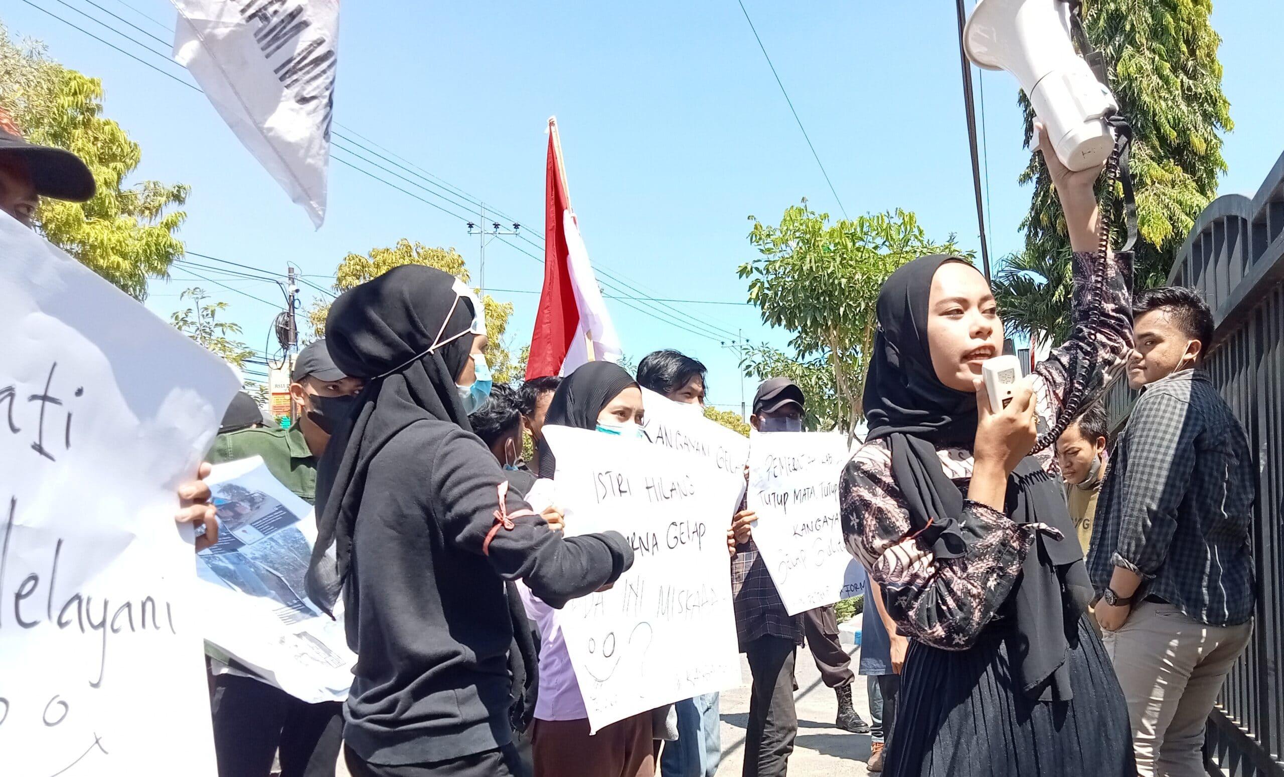 Mahasiswa Tagih Janji Bupati Achmad Fauzi Plesetkan Bismillah Mematikan scaled